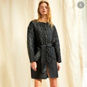 NWT Aritzia quilted black cocoon coat jacket